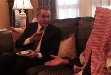 Photo of السفير البرازيلي يزود الشيخ العبودي